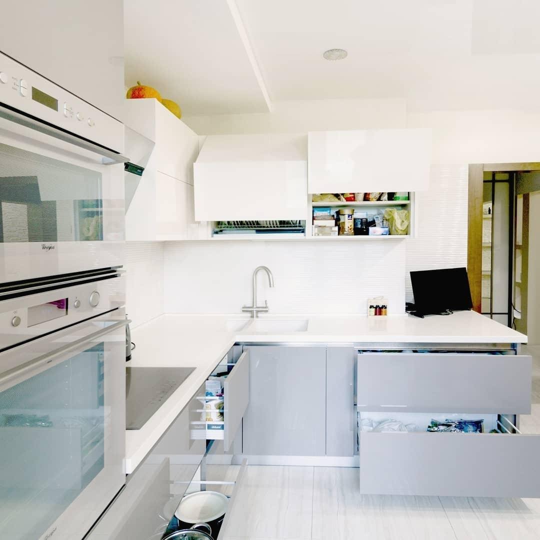 Белый кухонный гарнитур-Кухня МДФ в ПВХ «Модель 615»-фото5